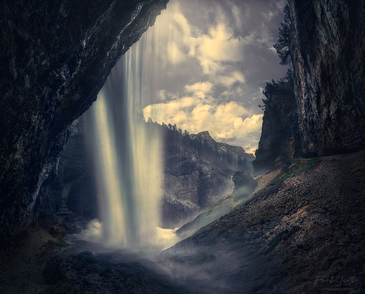 The hidden waterfall
